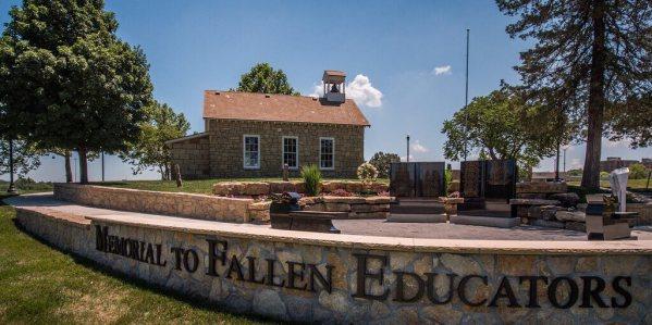 Dobbs One Room School House Museum, Emporia, KS